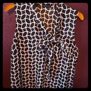0's blouse